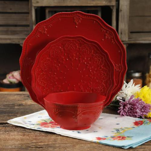 The Pioneer Woman Farmhouse Lace Red